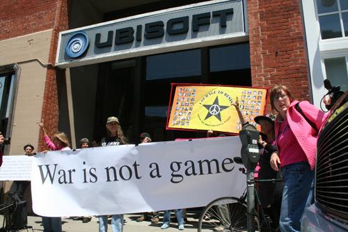 Protestas frente a Ubisoft por America's Army