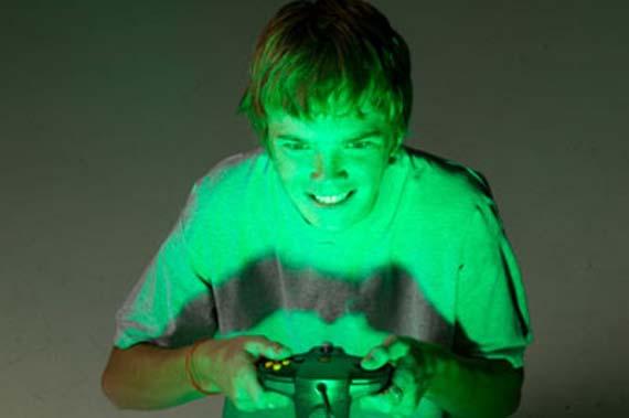 La Triste y Estúpida historia de un adicto a los videojuegos [Video]