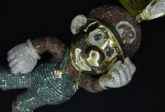 OMG!! Mario deluxe de oro e incrustaciones de diamantes