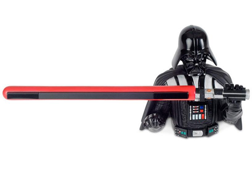 Qué más bizarro que el sable láser de Darth Vader para la Wii [Gadgets]