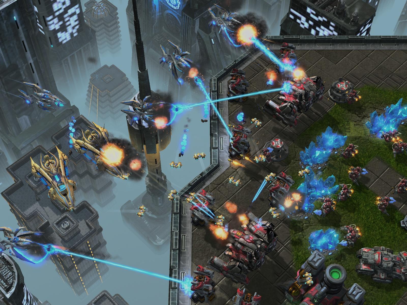La primera parte de la trilogía Starcraft 2 tendrá una mini campaña Protoss [Anuncios+Screens]