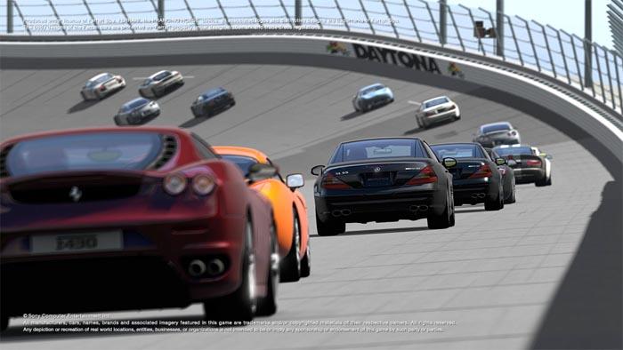 Sony patea el lanzamiento de Gran Turismo 5, fanáticos se tiran al río [FAIL]