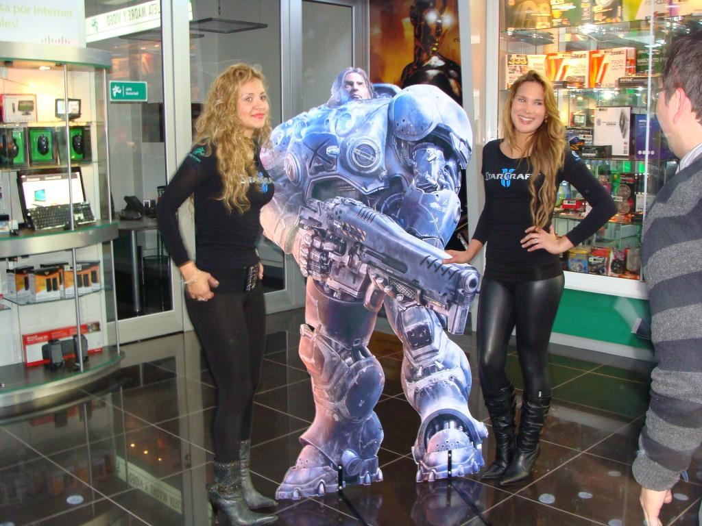Lanzamiento StarCraft II en Chile [Imágenes y Video]
