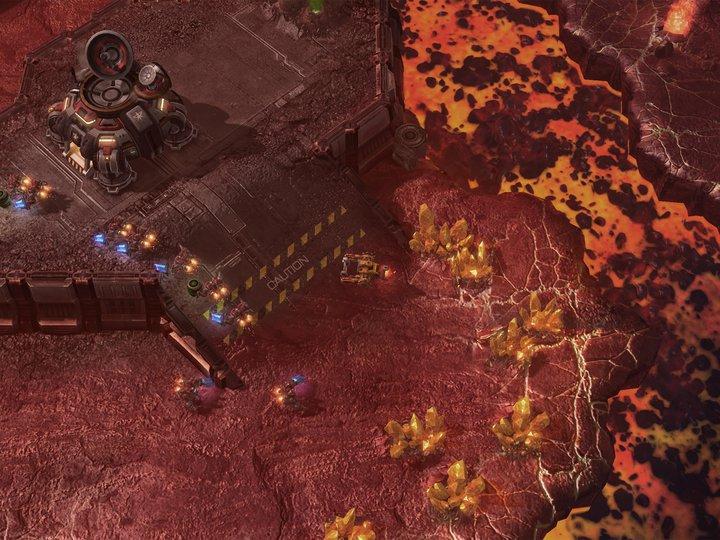 Blizzard libera el primer mapa custom oficial para Starcraft 2 [Burning Tide]
