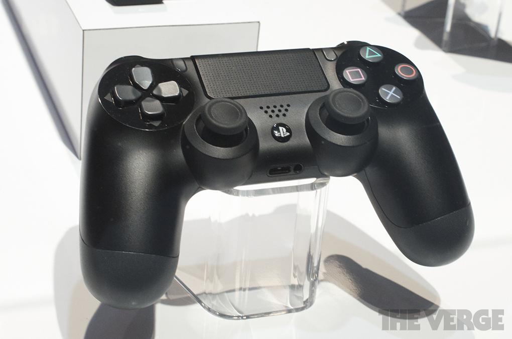 Sony muestra el definitivo control DualShock 4 para PS4 [Fotos]