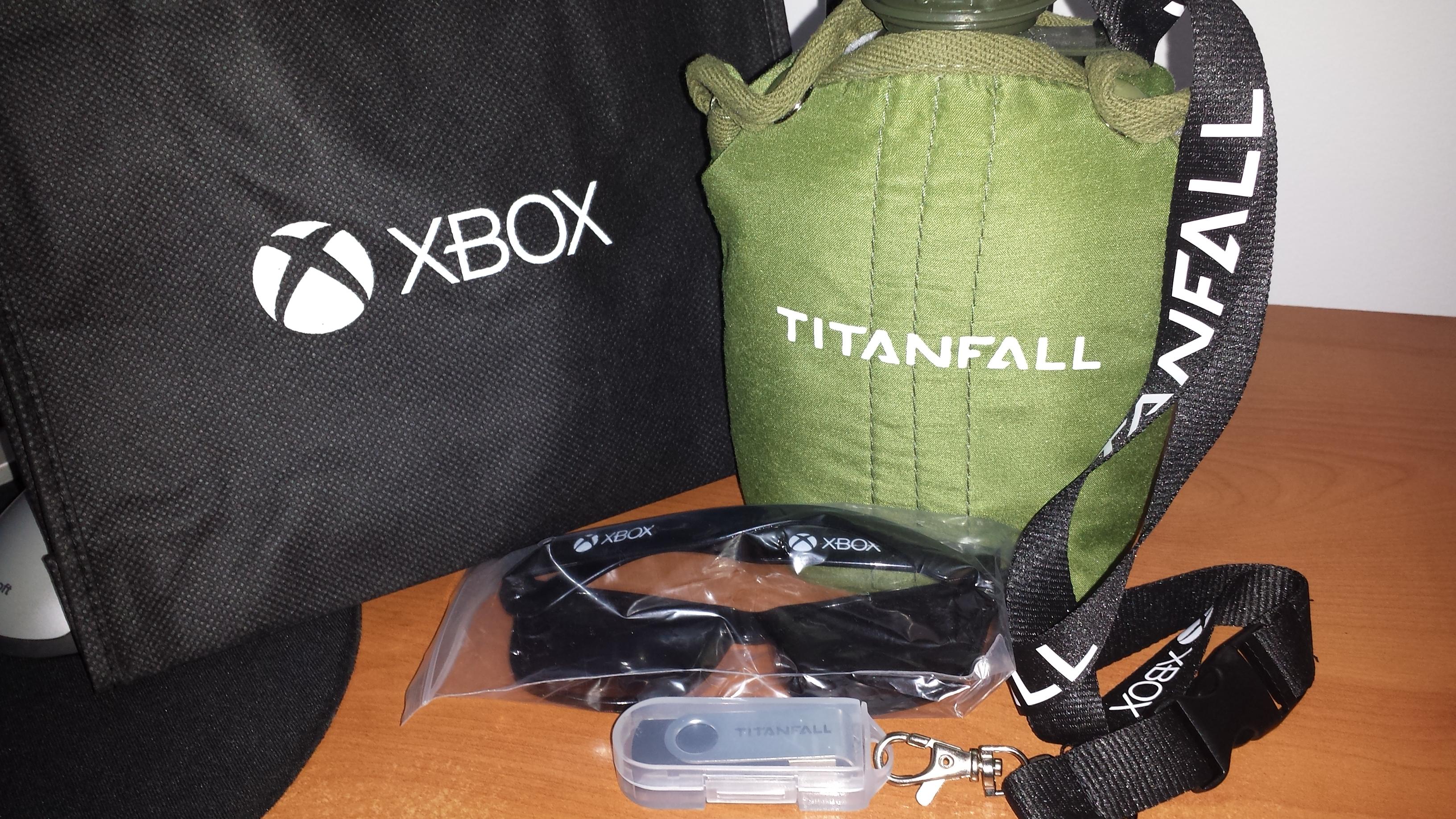 LagZero estuvo en el lanzamiento de Titanfall para Xbox 360 [Titanfall Chile]