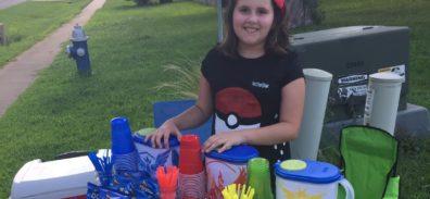 Niña de 10 años usa PokéStop de Pokémon Go para montar la tienda mas genial del universo