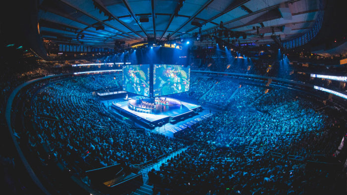 Samsung Galaxy versus H2K at the 2016 World Championship - Semifinals at Madison Square Garden in New York City, New York, USA on 22 October 2016.
