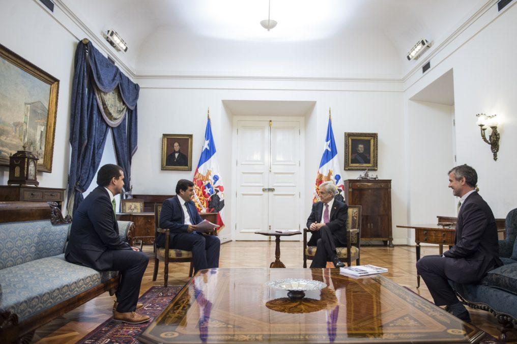 Microsoft presenta propuestas para impulsar desarrollo digital de Chile